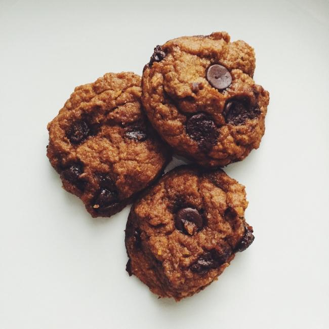 The Casual Classic | Pumpkin Cake Cookies