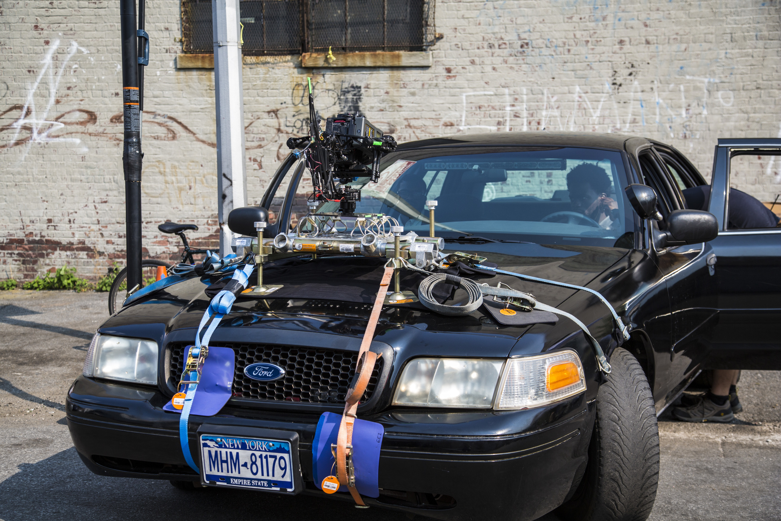 MoVI M10 on a hood mount
