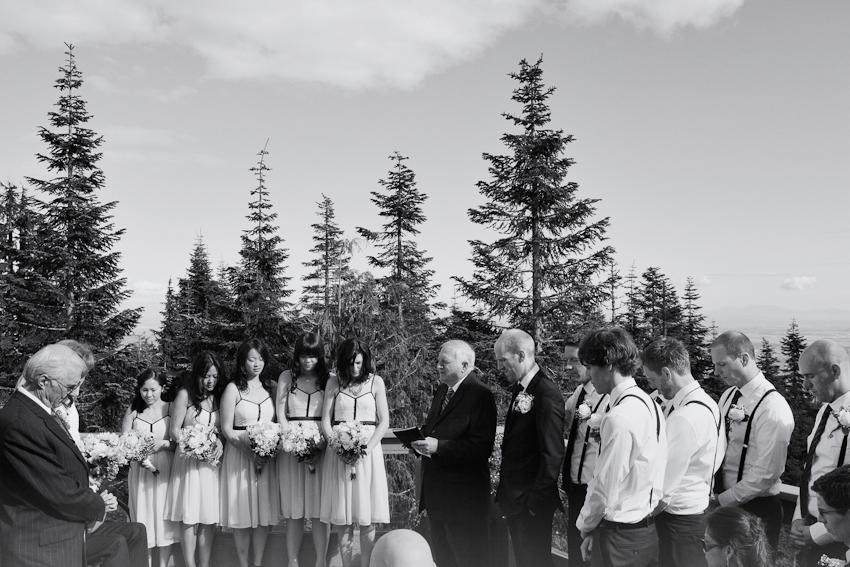 Grouse_Mountain_Wedding_Photographer_TD_036.jpg