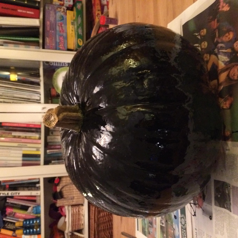 black cat pumpkin