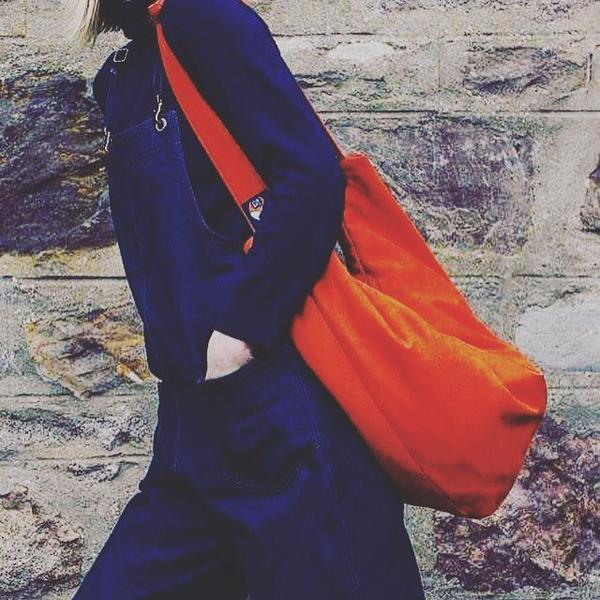 The Cub Bag - Multi-functional 3-in-1 bags that come in a variety of colours - From £80