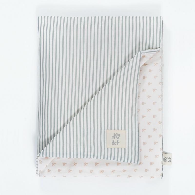 Hope and Fortune organic cotton baby blanket