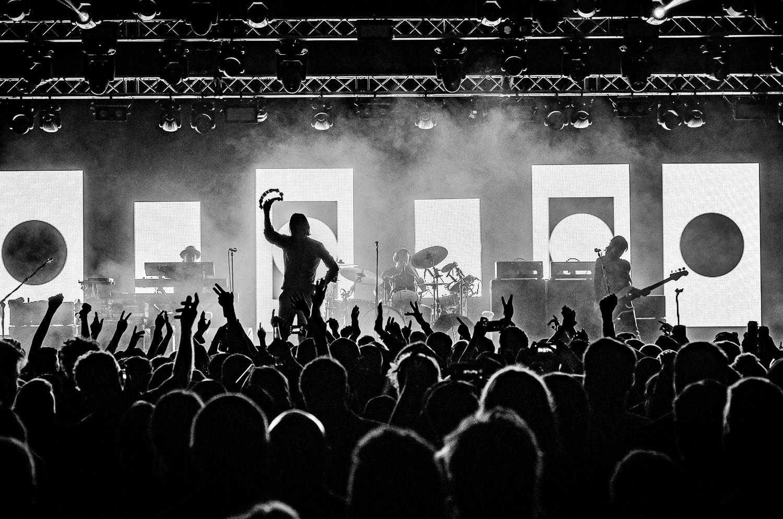 primal scream live on stage.jpg