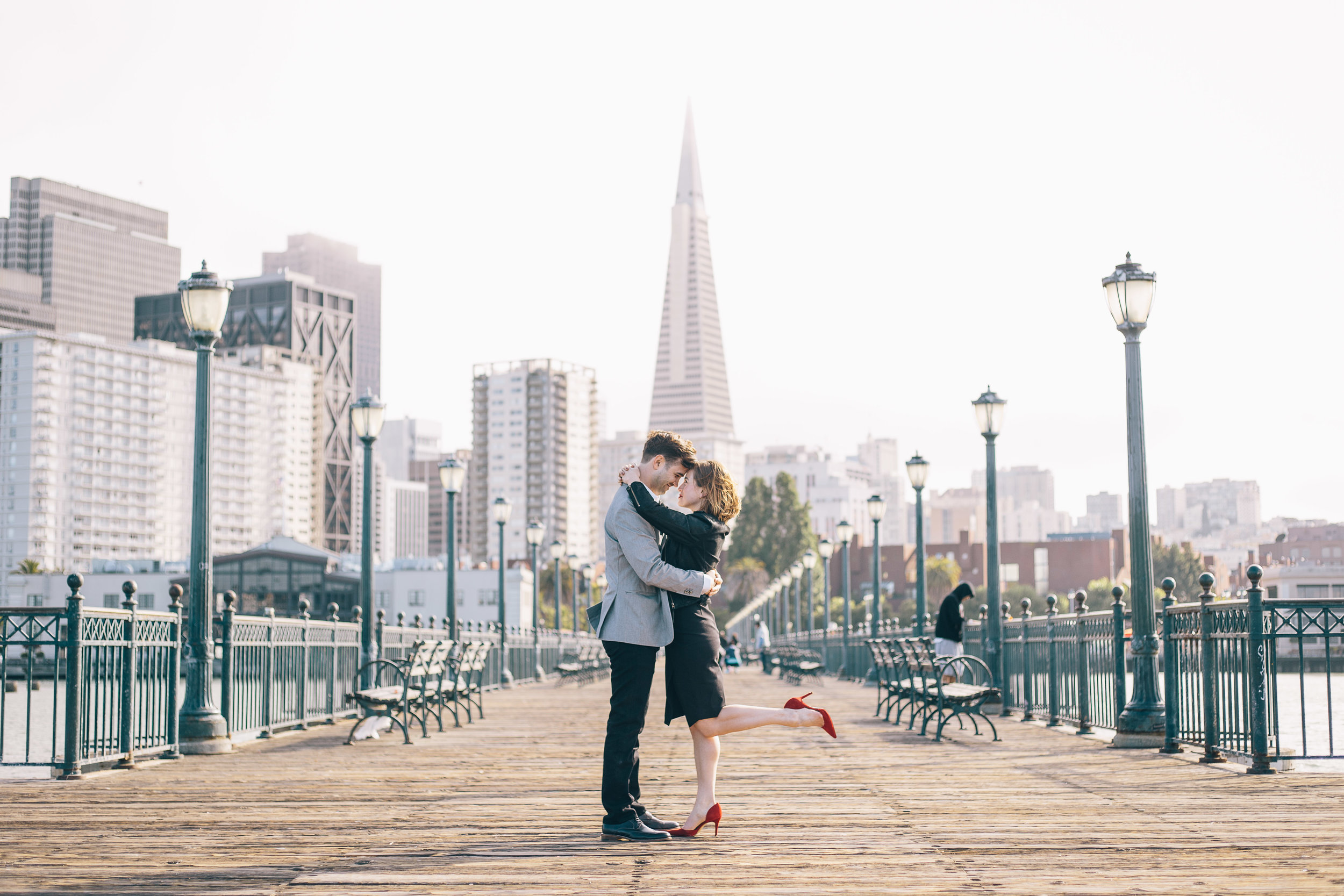 Pier 7 Engagement Photos by JBJ Pictures - Pre-wedding Photo Session in San Francisco (4).jpg