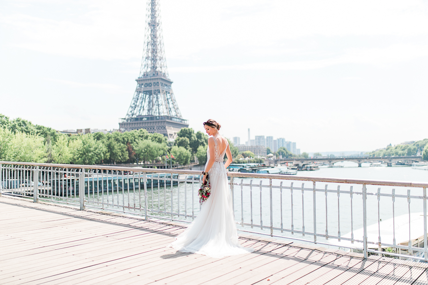 - Published on the French Wedding Style Blog.Check out the whole gallery here!