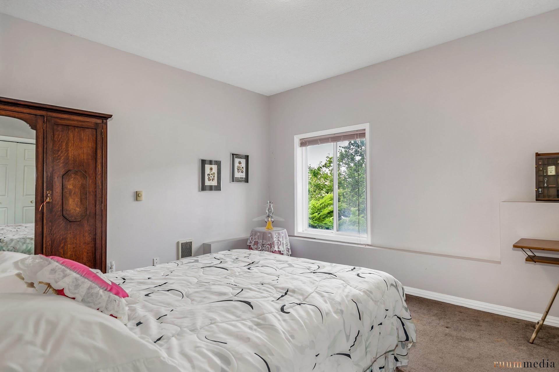 16 bed 5.jpg