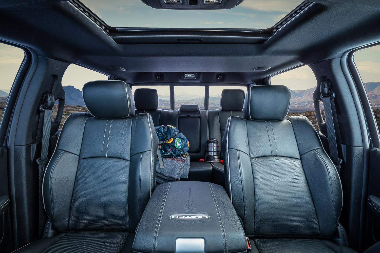 camping / 2500 Limited / interior / full