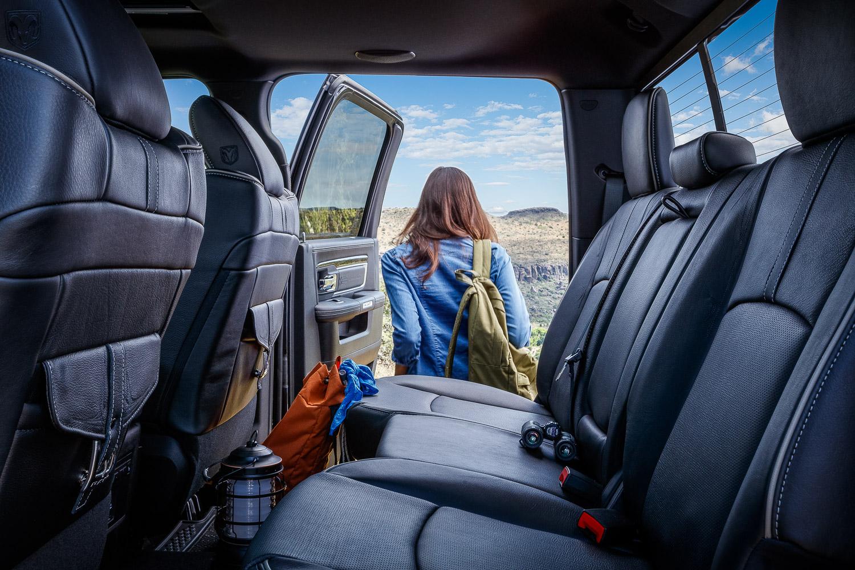 camping / 2500 Limited / interior / rear