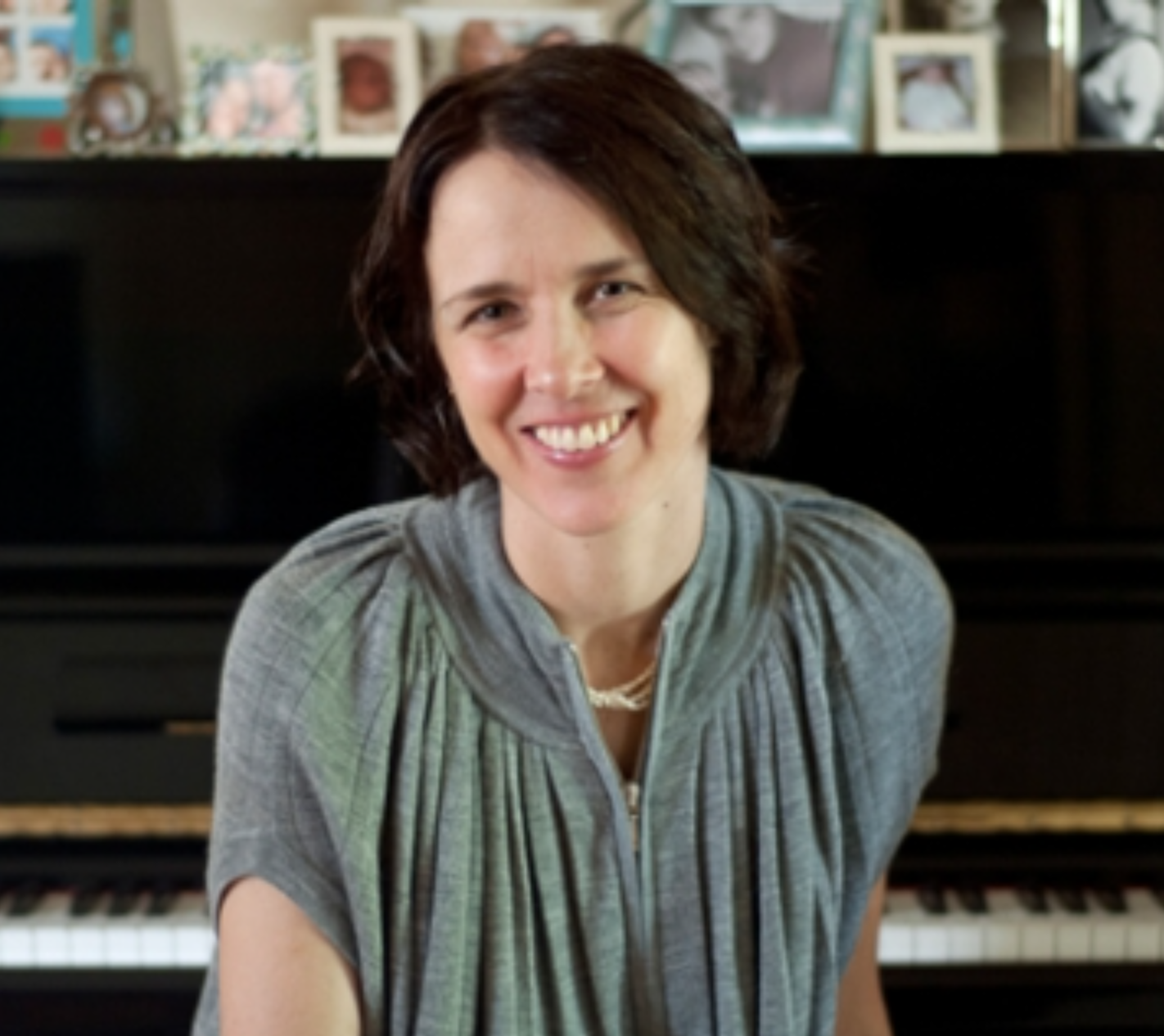 Andrea Keller, piano