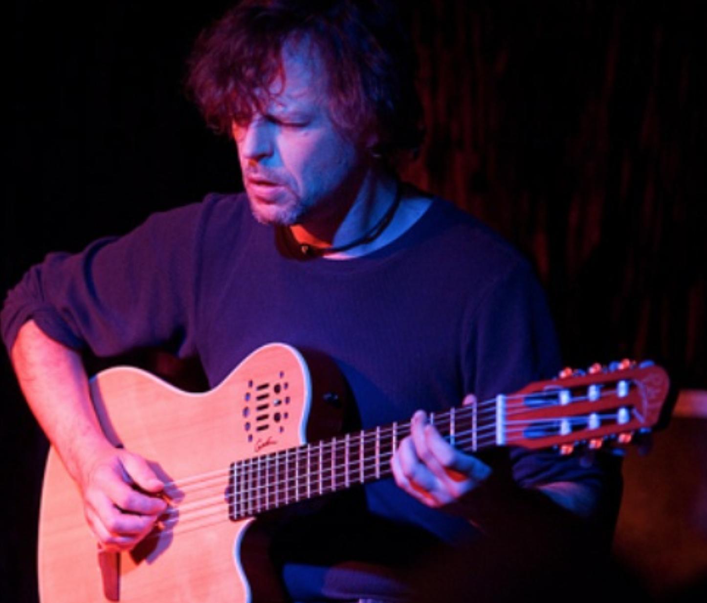 Stephen Magnusson, guitar
