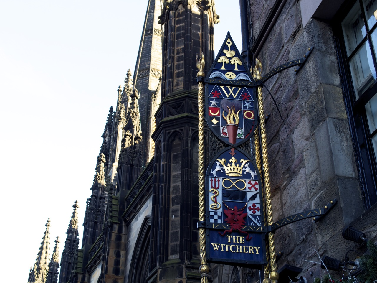 Edinburgh, Tourist Town - 08.jpg