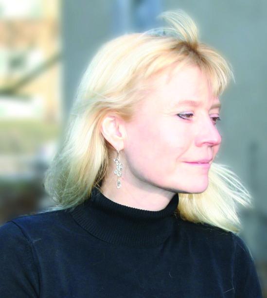 Lynette Reini-Grandell. Photo by Venus de Mars.