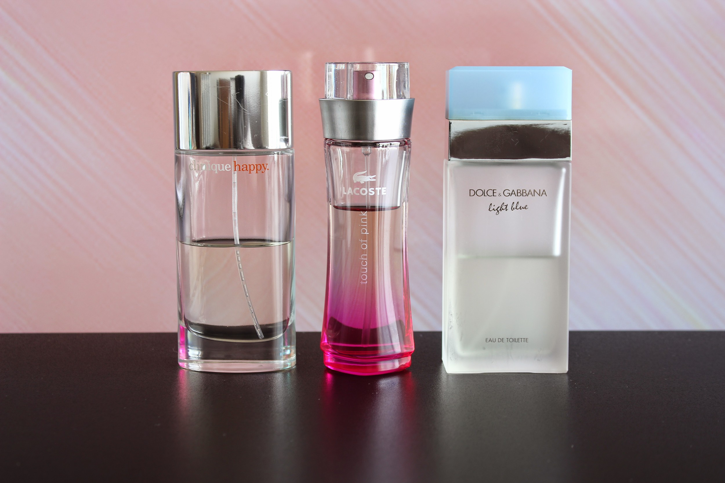 Meus perfumes favoritos - Happy da Clinique - Touch Of Pink da Lacoste e Light Blue da Dolce Gabbana - Foto por Bruno França