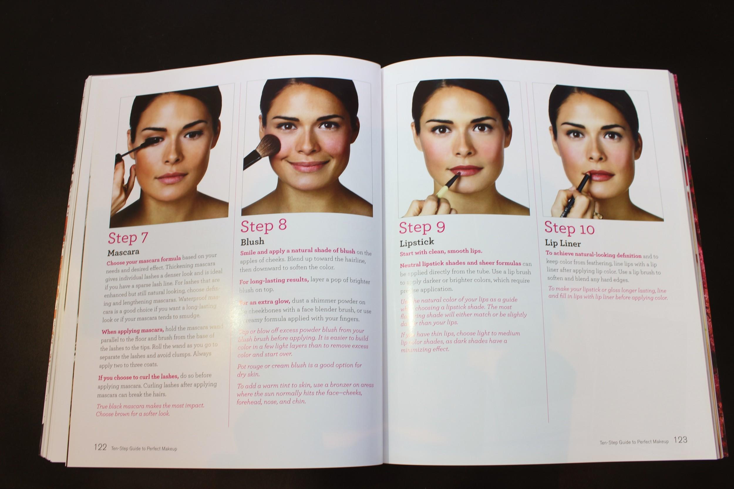 Bobbi Brown Makeup Manual - Foto por Bruno França,