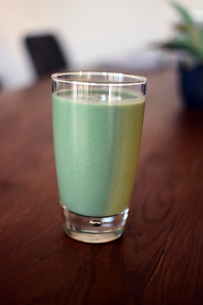 Green Breakfast Protein Smoothie
