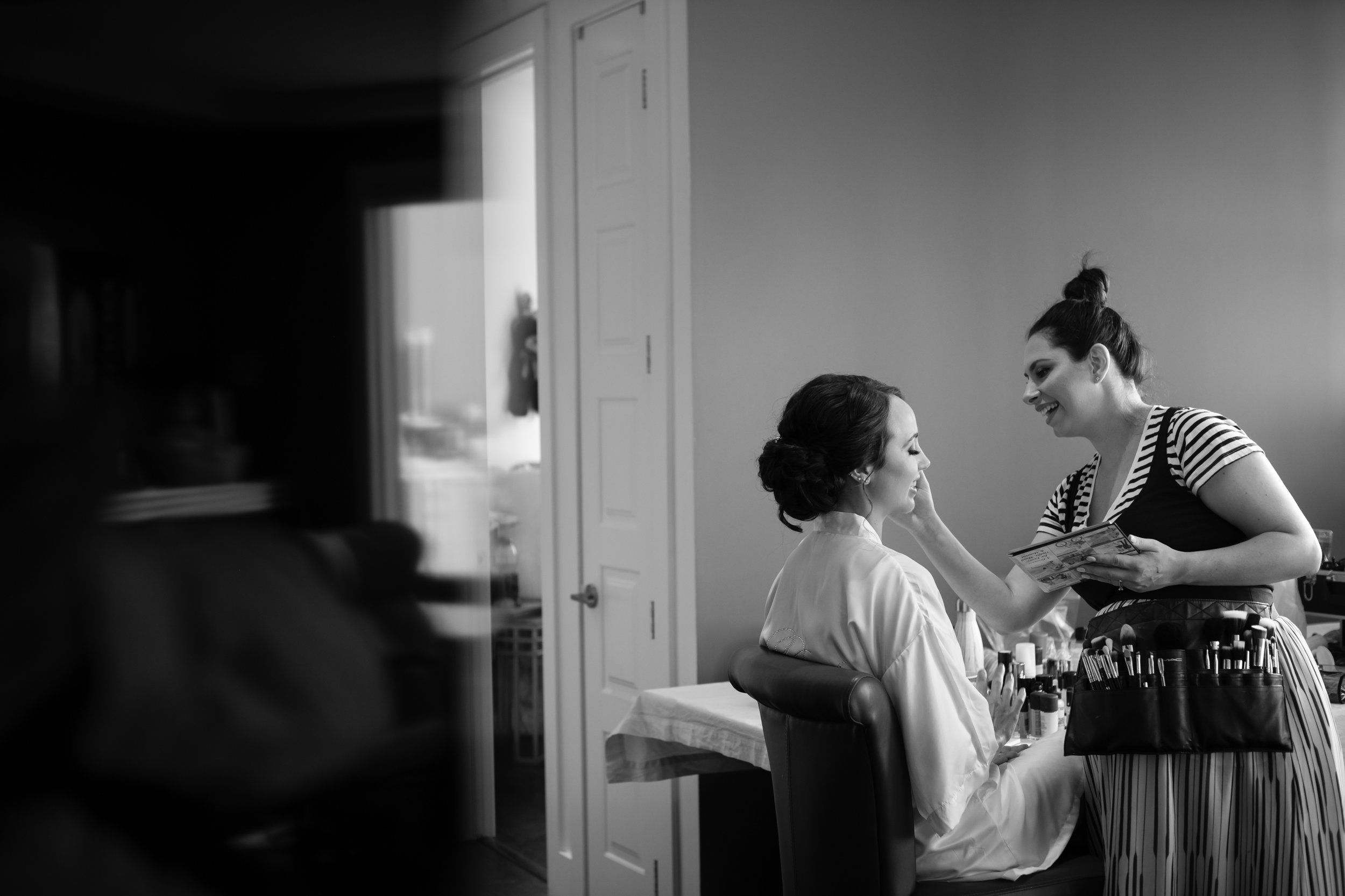 Laura_Danny_Wedding_Sneak_Peek_015.jpg