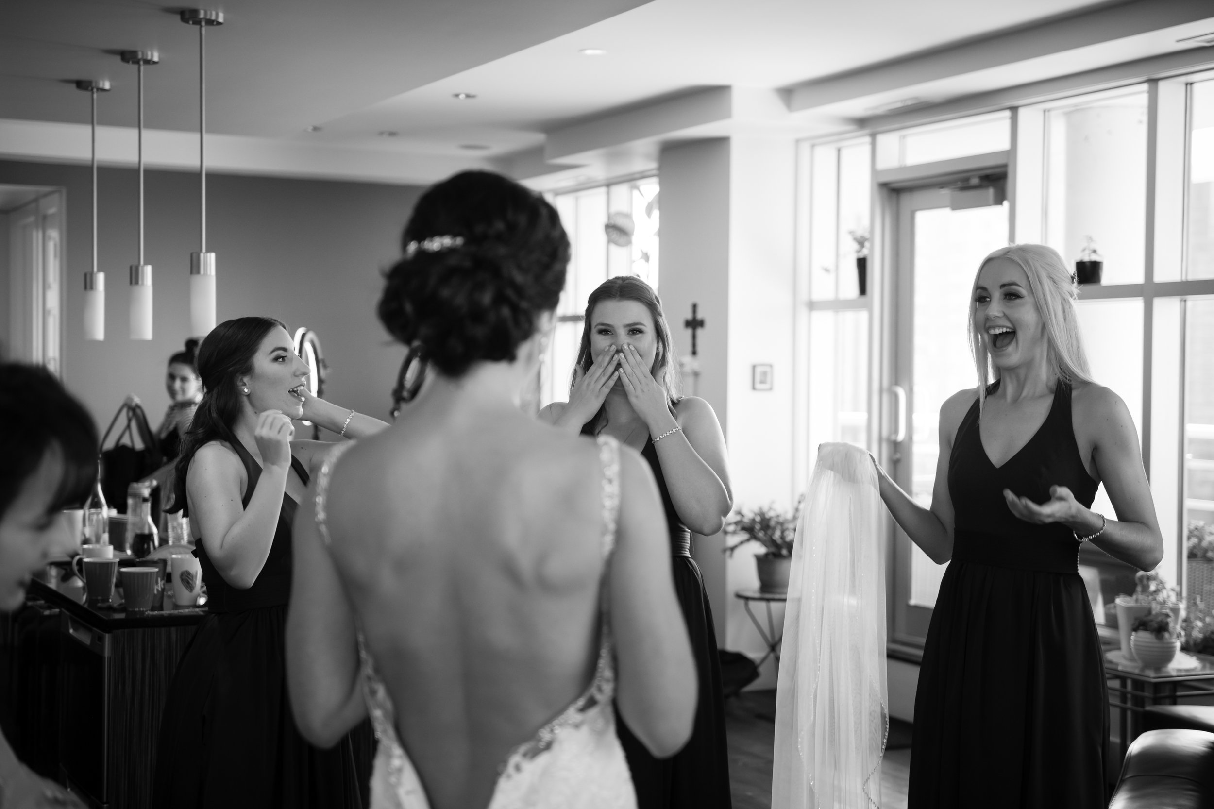 Laura_Danny_Wedding_Sneak_Peek_019.jpg