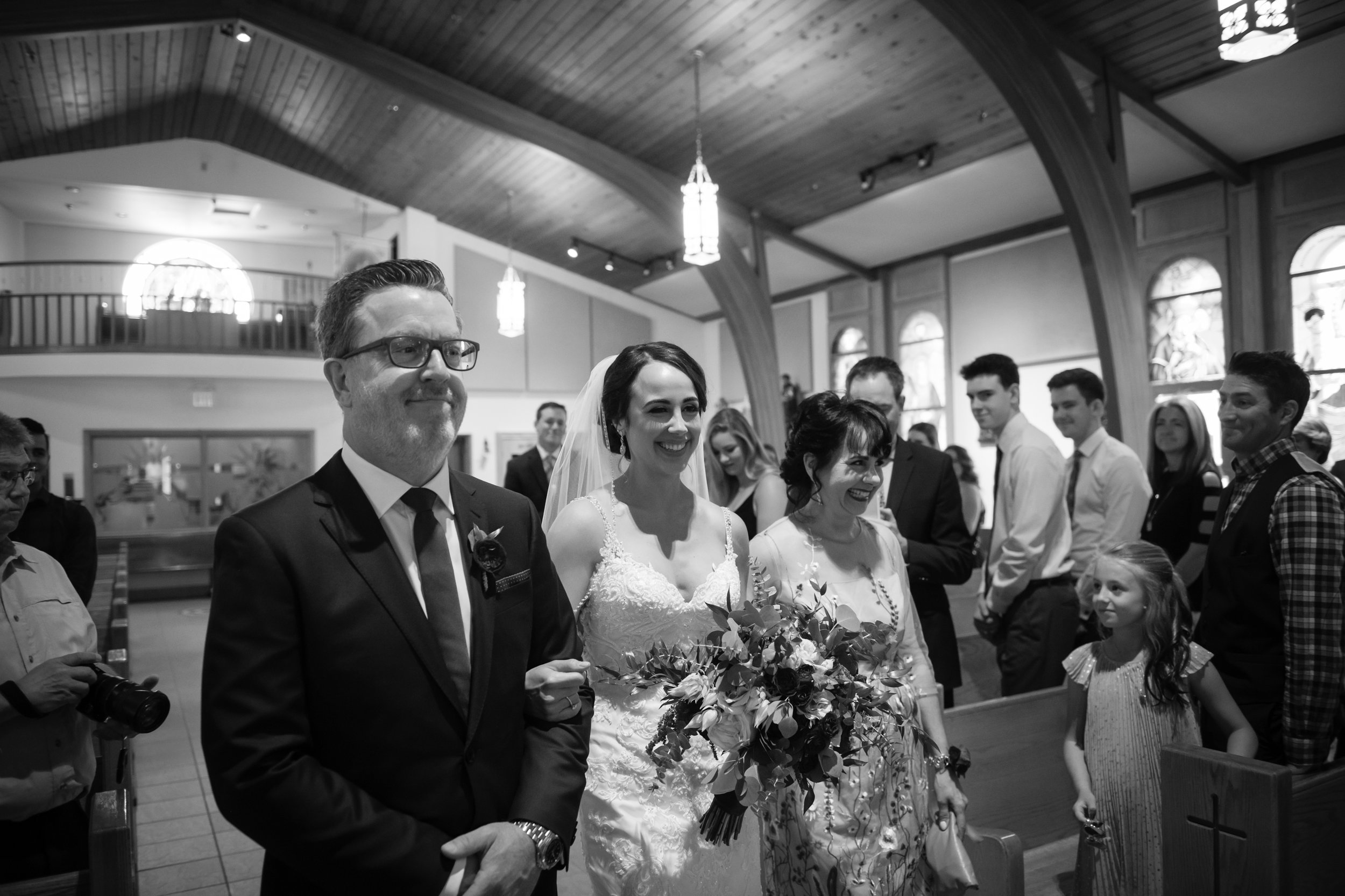 Laura_Danny_Wedding_Sneak_Peek_025.jpg