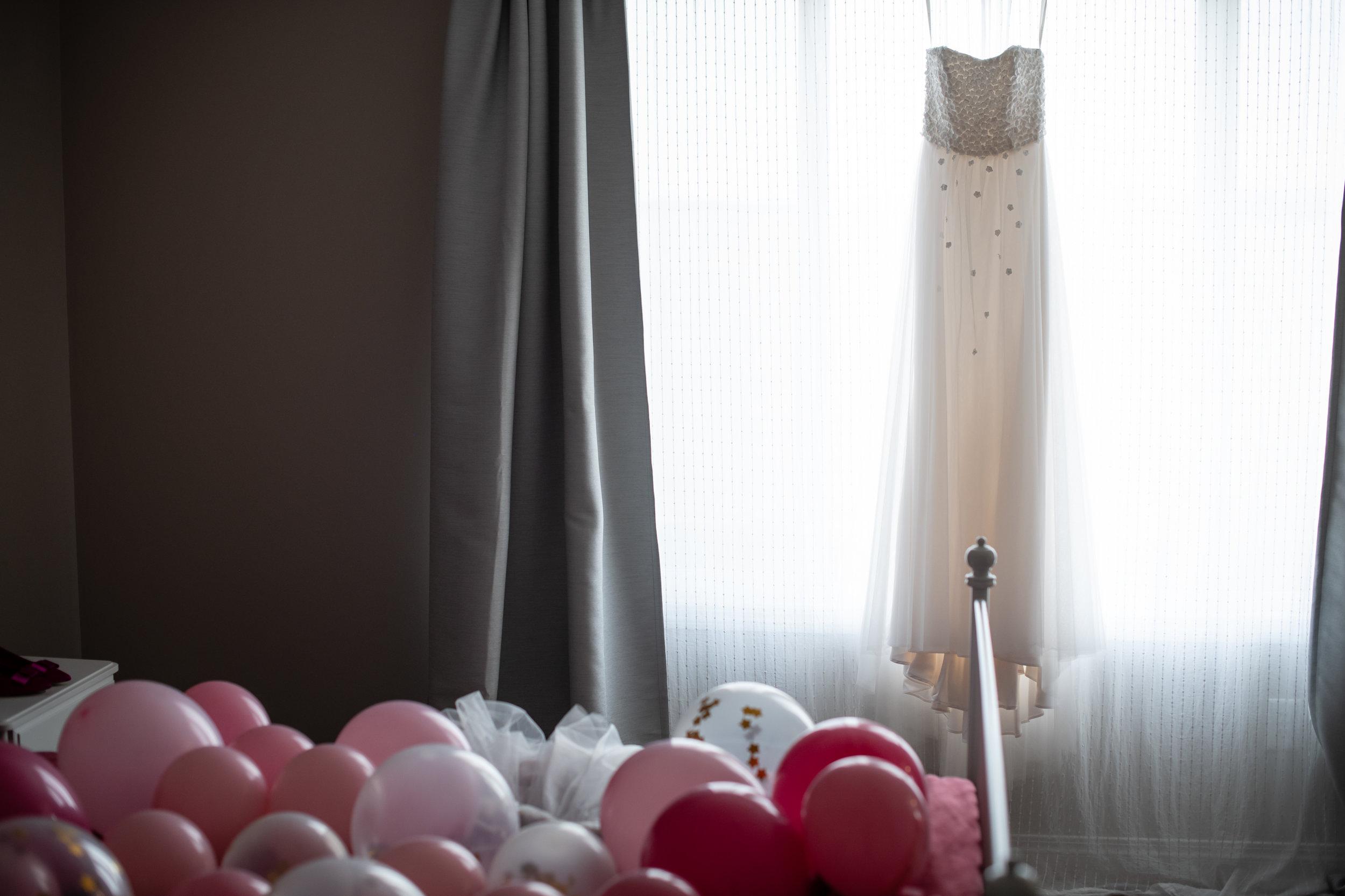 Selina_Chris_Wedding_Sneak_Peek_001.jpg
