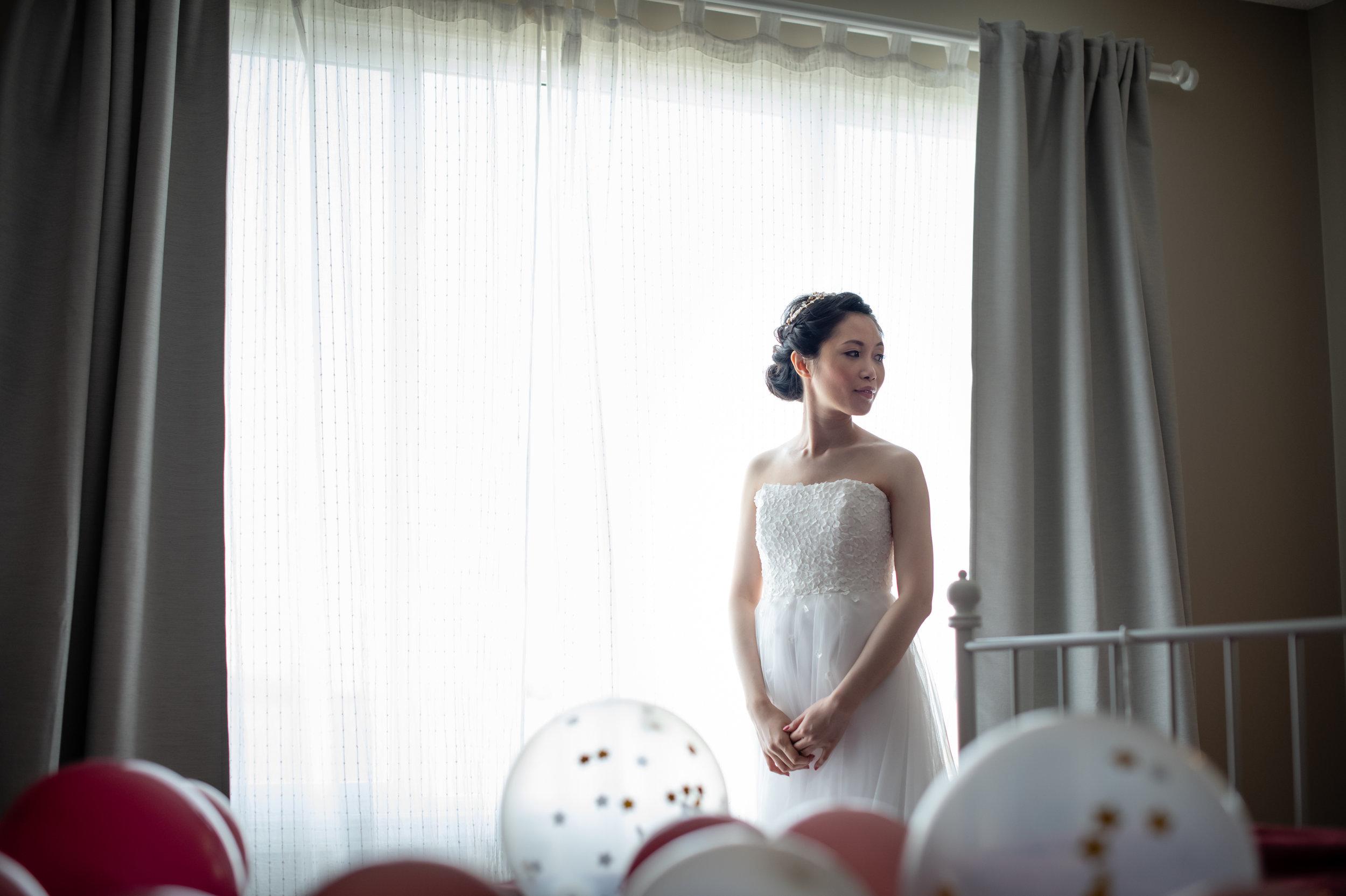 Selina_Chris_Wedding_Sneak_Peek_016.jpg