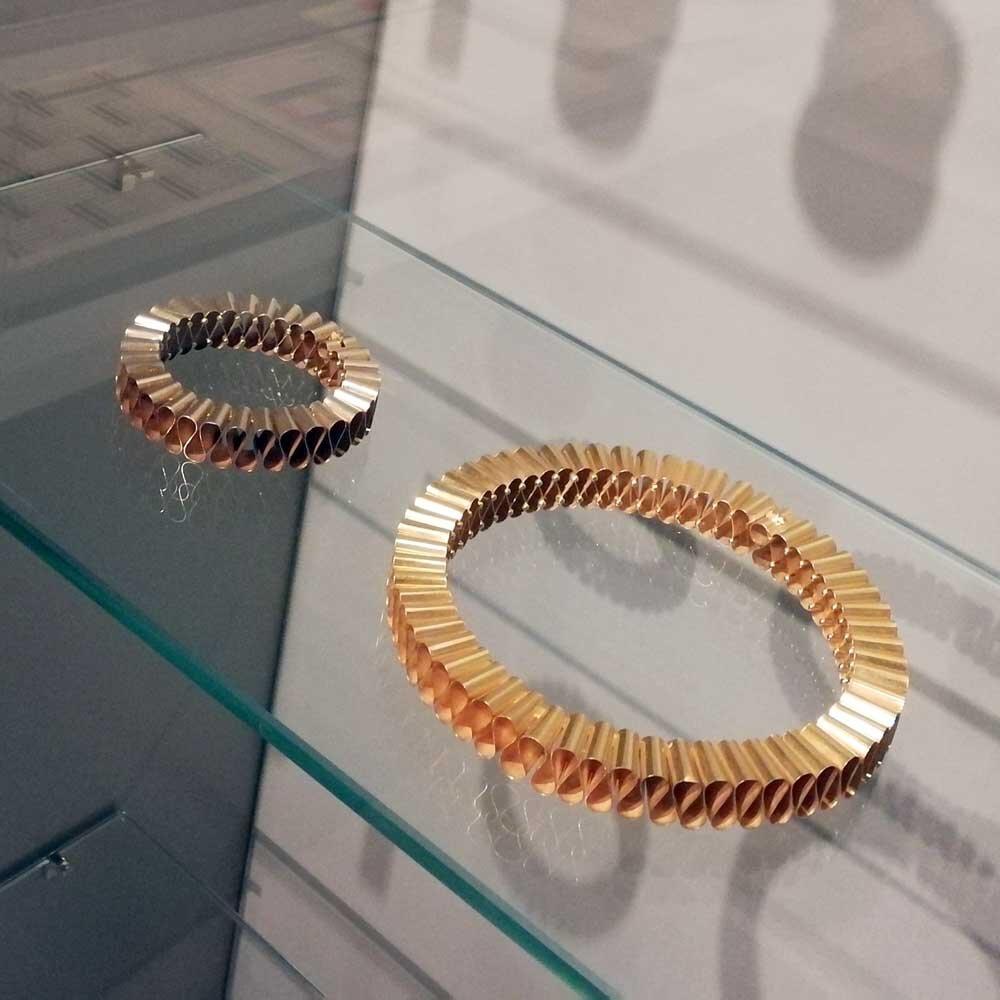 Gold Ruff Style Collar & Cuff