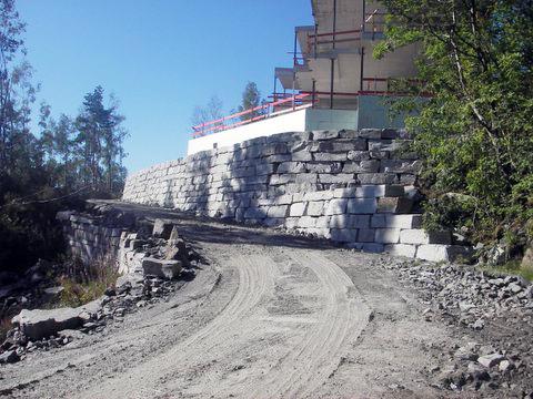 Hustomt, Knarvik