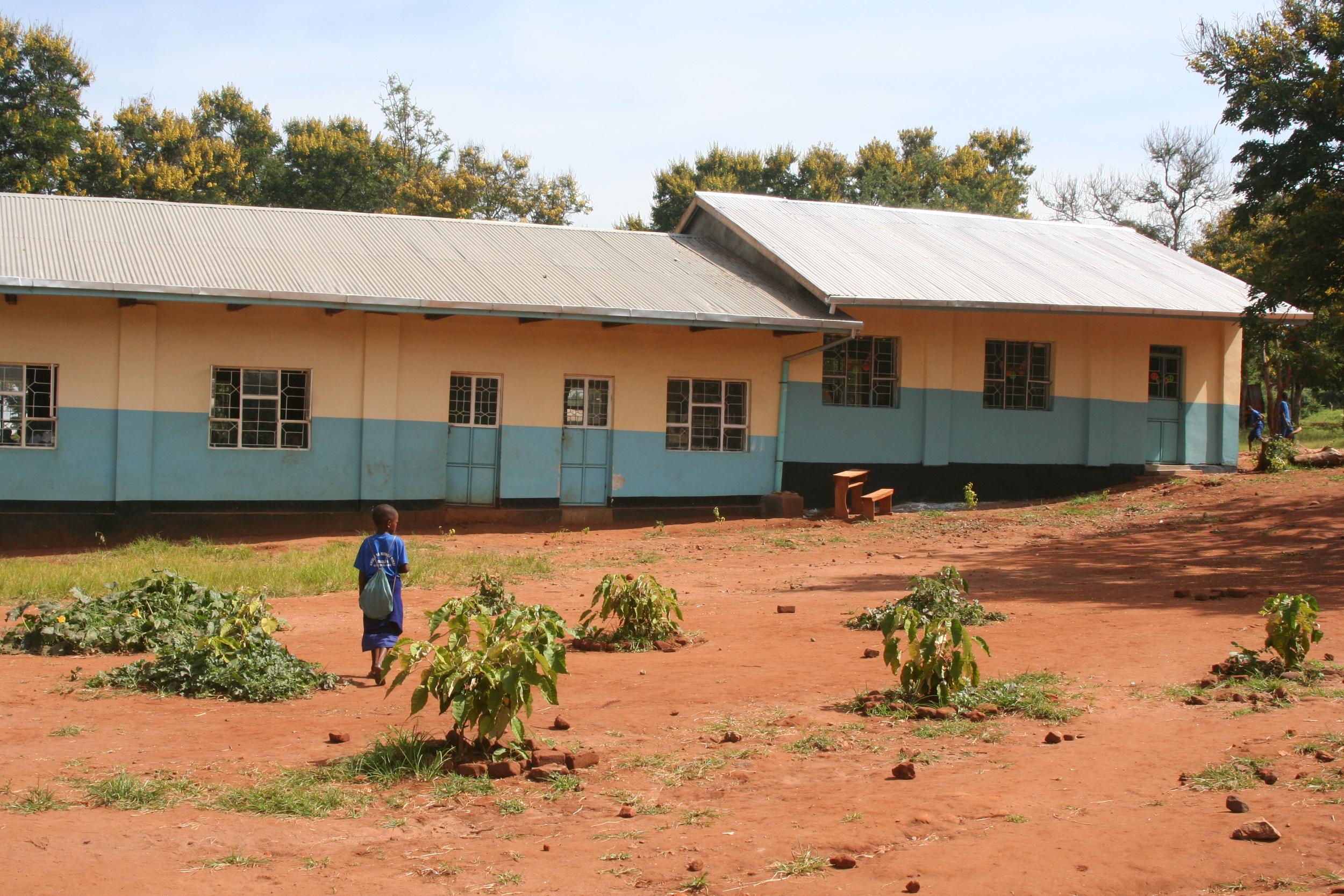 New classrooms at sinai thanks to Livingstone Tanzania Trust