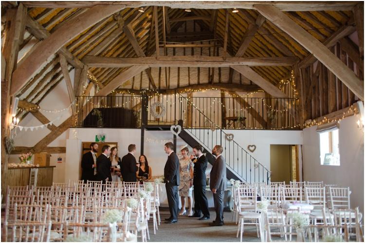 RT fitzleroi barn wedding18.jpg