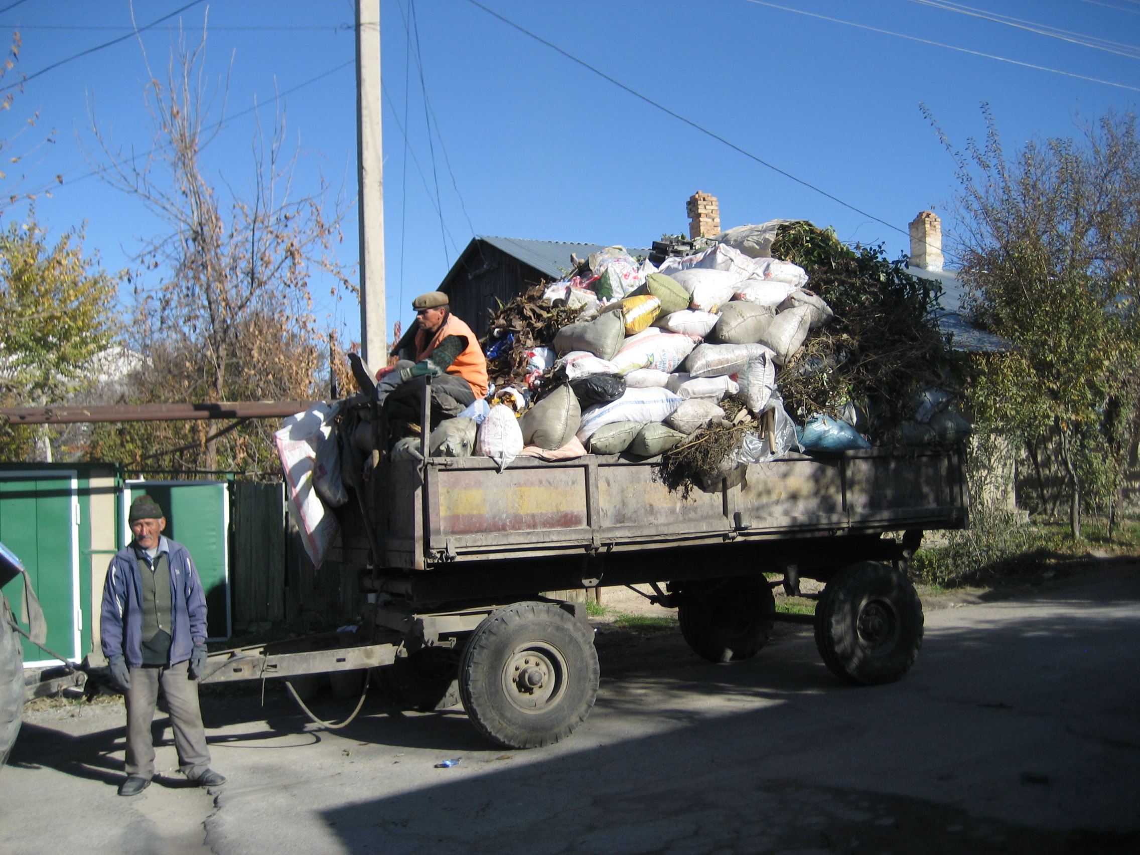 collection of waste, lenger city.jpg