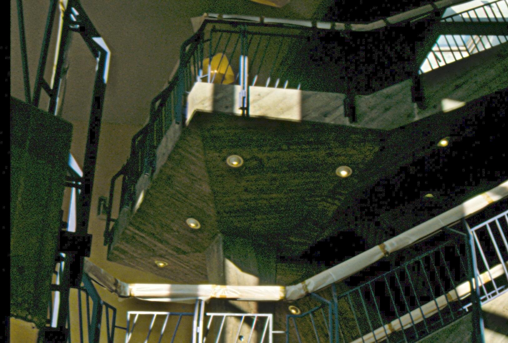 NauhTreppenhaus2.jpg