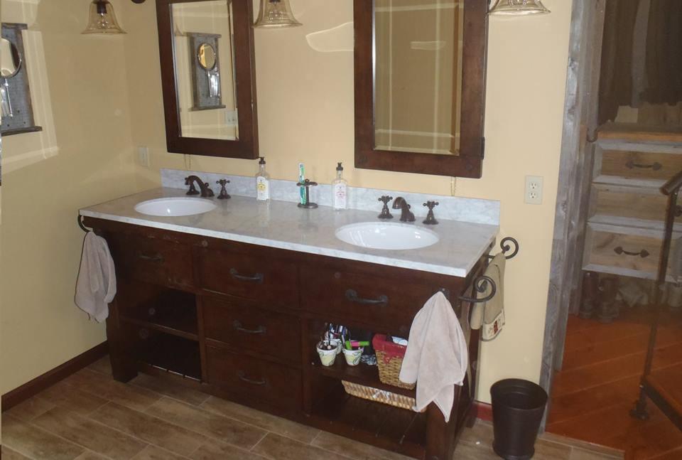 Rustic bathroom10.jpg