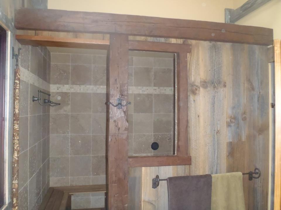 Rustic bathroom09.jpg