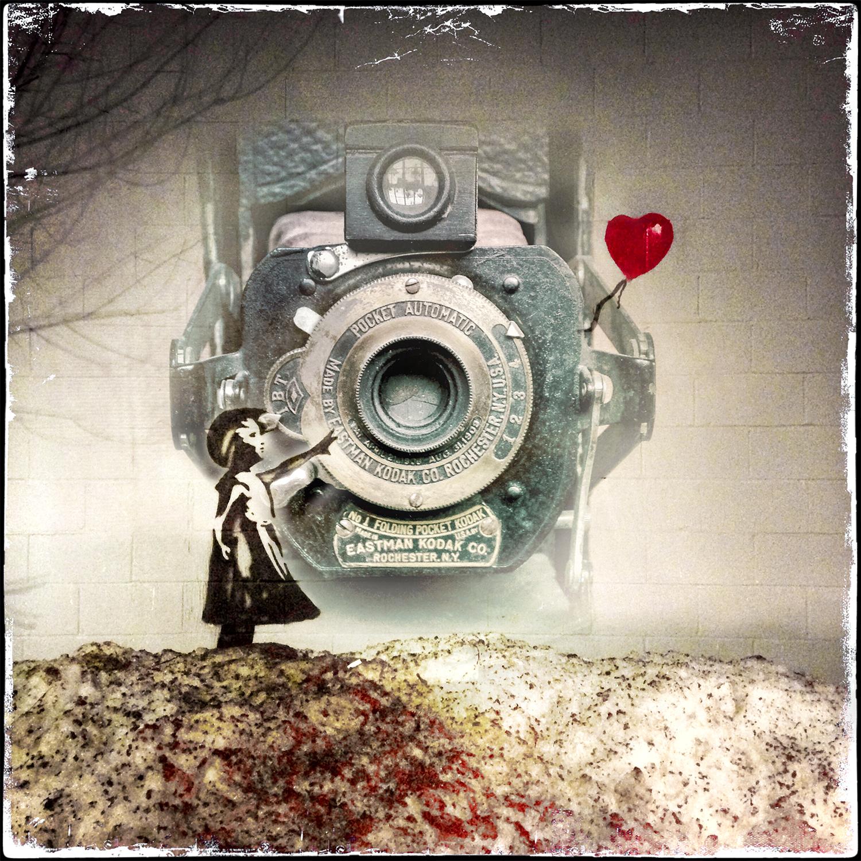 BalloonGirl.PocketCamera.CEP.jpg