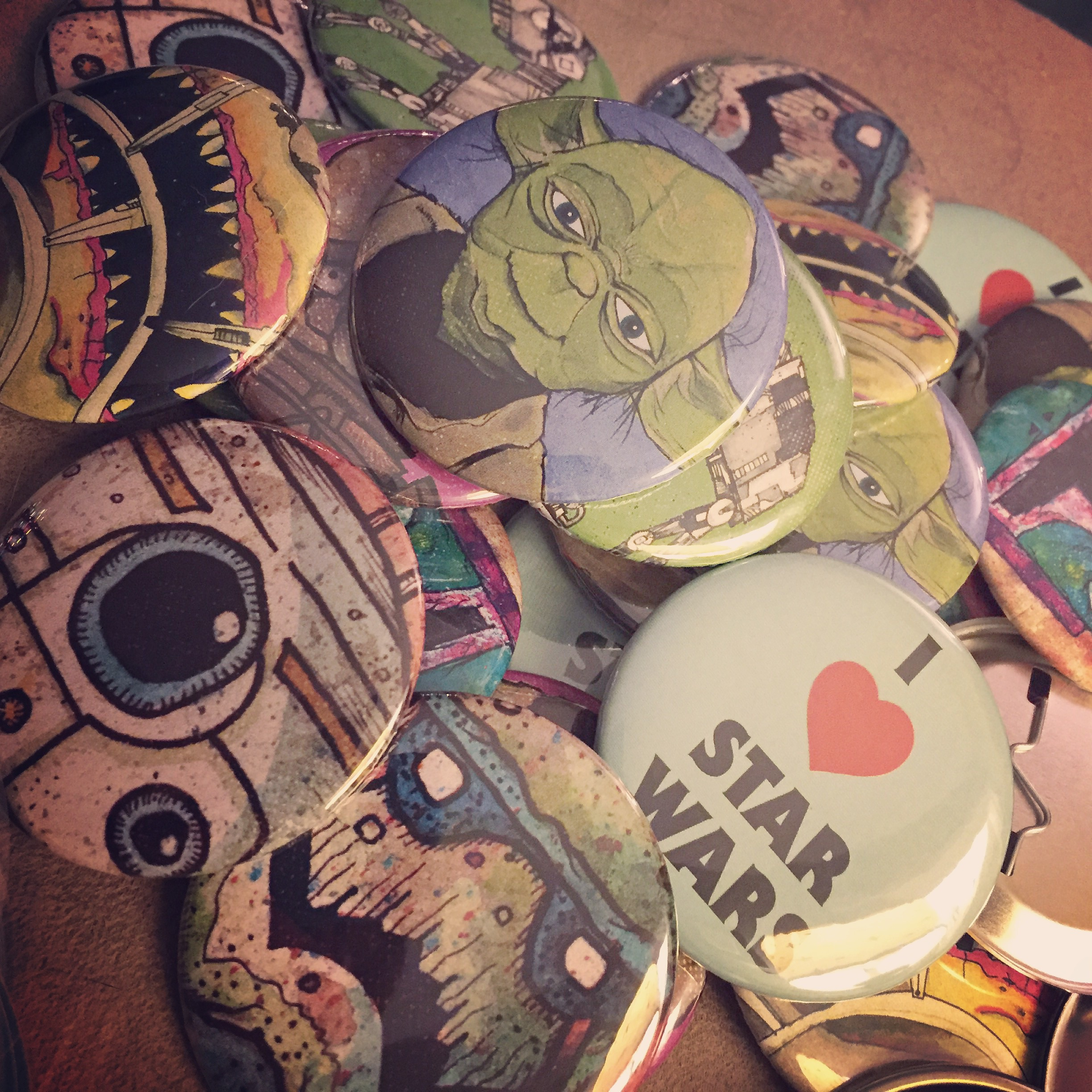 Brand new: Star Wars buttons from my art!
