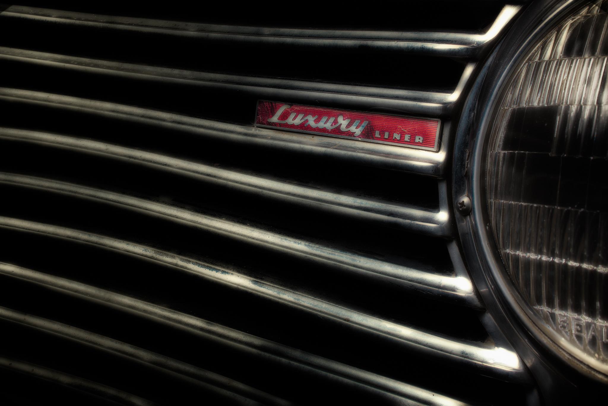1941 Dodge Luxury Liner #1