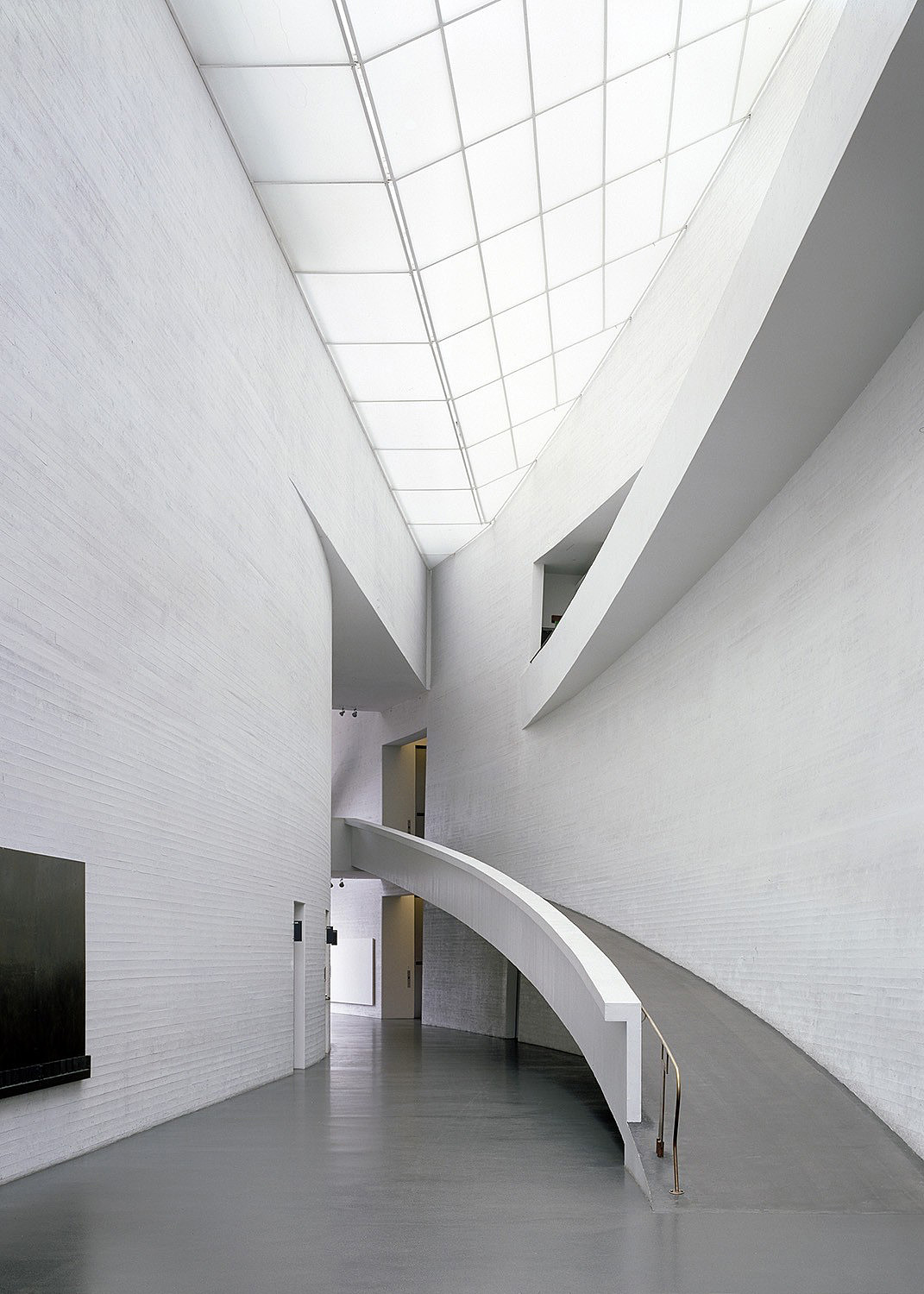 Kiasma Museum Of Contemporary Art, Helsinki, 1998. © Steven Holl. Courtesy Steven Holl Architects. Photograph: ©  Paul Warchol