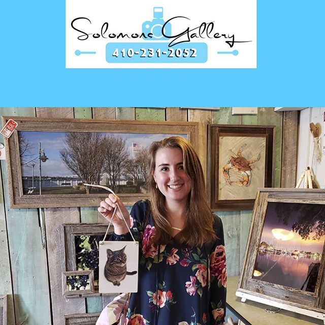 "Our ""Print Of The Day"" was taken by Natalie Edwards. This piece was a Mother's Day gift! We printed her cell phone picture of her cat Lily on a 5x7 metal and attached hemp rope, as a hanger for the piece.  Please keep Solomons Gallery in mind for all of your canvas and metal printing needs. Thanks for supporting a Veteran Owned Small Business!  #VeteranOwnedSmallBusiness #SolomonsGallery #SolomonsIsland #Artwork #ModernArtwork #MarylandPhotography #MetalPrinting #Photographer #TerryQuinn #CalvertCounty #StMarysCounty #BarnWoodFraming #CanvasPinting #SoMd #SoMdArtwork #CellPhonePics #GiftIdeas #MothersDay #AnimalPics#NatalieEdwards #HempRope"