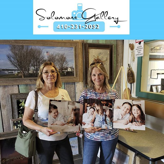 "Our ""Print Of The Day"" is of Denise Steinhauser's daughter-in-law and her grandchildren. She and her bestie Penny Maddox came into the gallery and had these images printed on metal. Denise decide to mount them to the wall using our floater block system, which is a great idea for those in search of the frameless look.  Please keep Solomons Gallery in mind for all of your canvas and metal printing needs. Thanks for supporting a Veteran Owned Small Business!  #VeteranOwnedSmallBusiness #SolomonsGallery #SolomonsIsland #Artwork #ModernArtwork #MarylandPhotography #MetalPrinting #Photographer #TerryQuinn #CalvertCounty #StMarysCounty #BarnWoodFraming #CanvasPinting #SoMd #SoMdArtwork #CellPhonePics #GiftIdeas # DeniseSteinhauser # PennyMaddox #Grandchildren #Love"