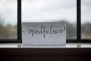 mindfulness-les-jay-307974.jpg