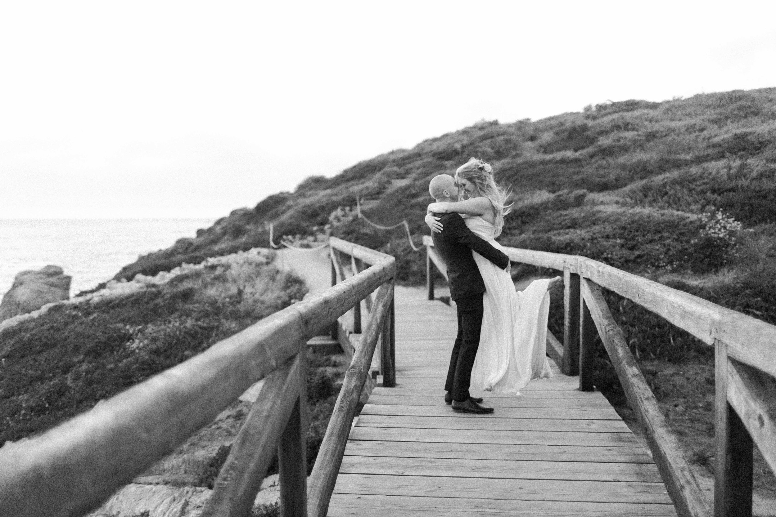 16-7-Andrew-Christina-Big-Sur-Elopement-Barkis-Co-Photography-BW-158.jpg