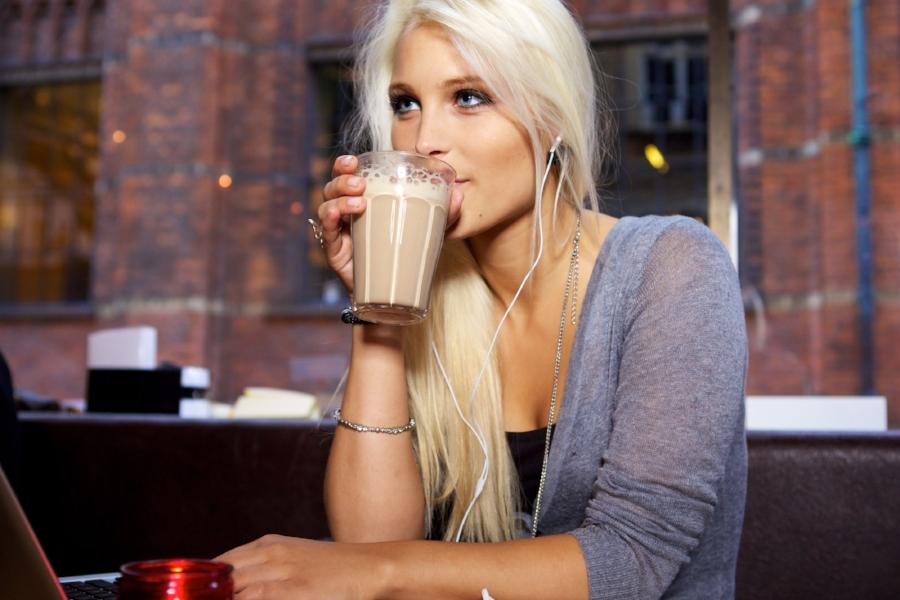 Caffeine-Free Chai Latte.jpg