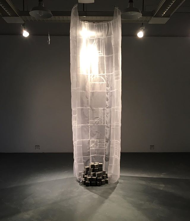 Crit week always seems to mean early mornings or late nights with the work but maybe that's not the worst thing. ✨  Veil; 84 cement cubes & pieces silk organza