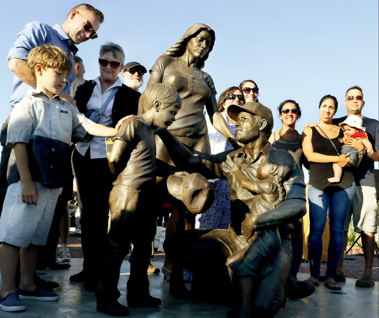 Fishermen's tribute unveiled on New Bedford waterfront -