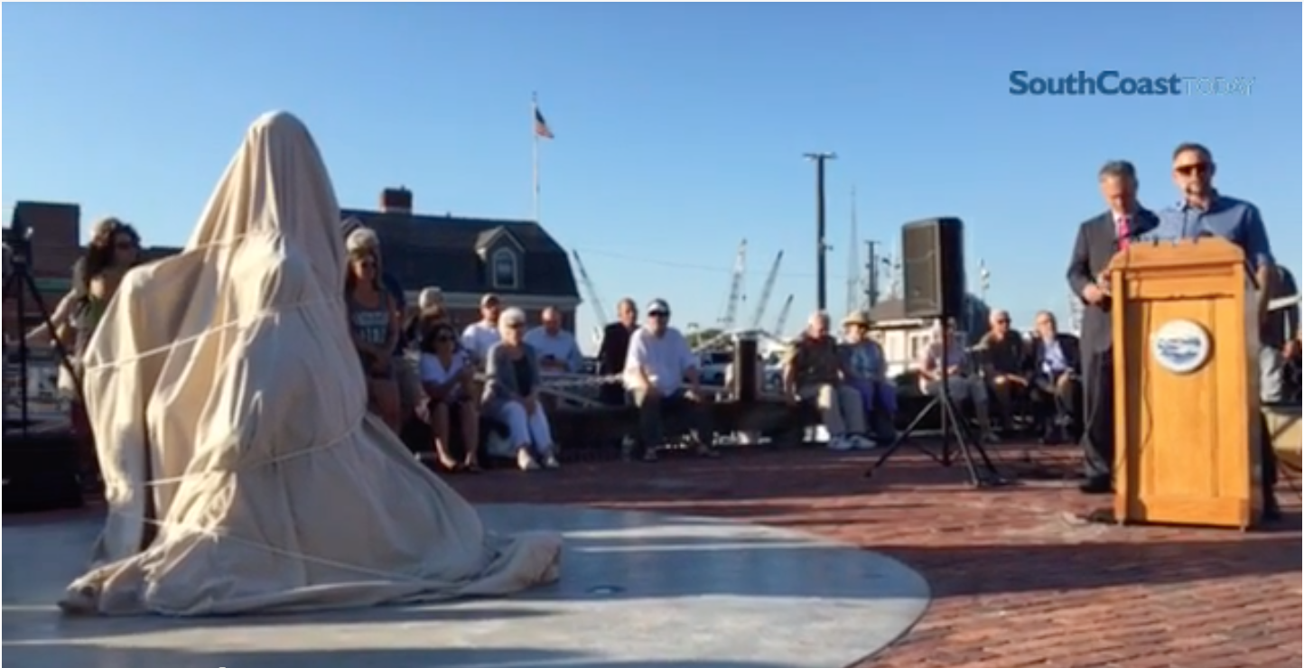 Sculptor Erik Durant at unveiling of fishing monument -
