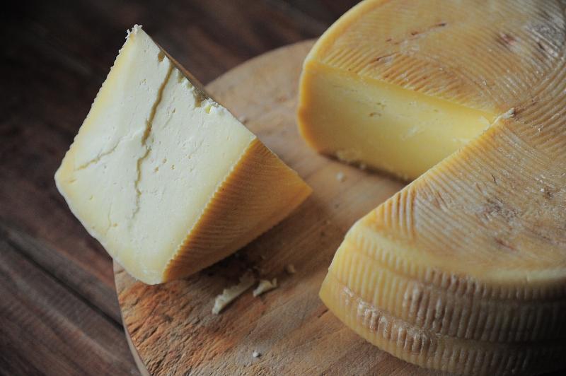 cheese-3463368_1280.jpg