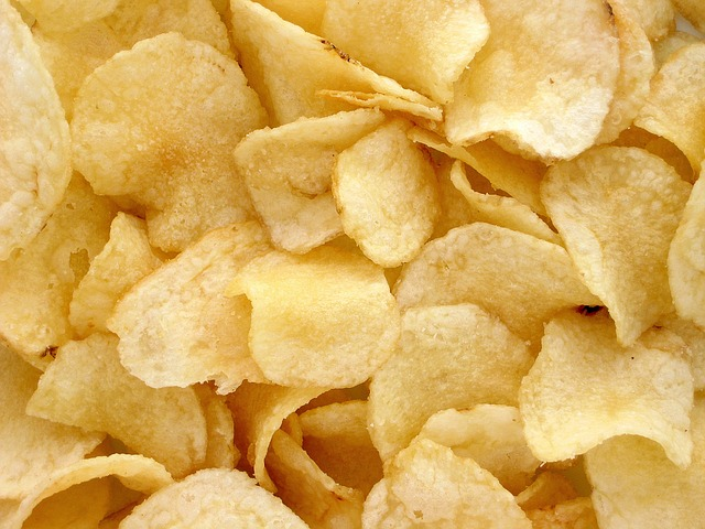 chips-potatoes-1418192_640.jpg