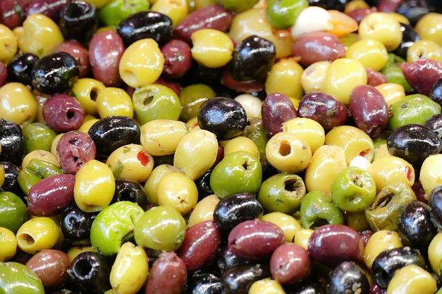 olives-2251260_640.jpg