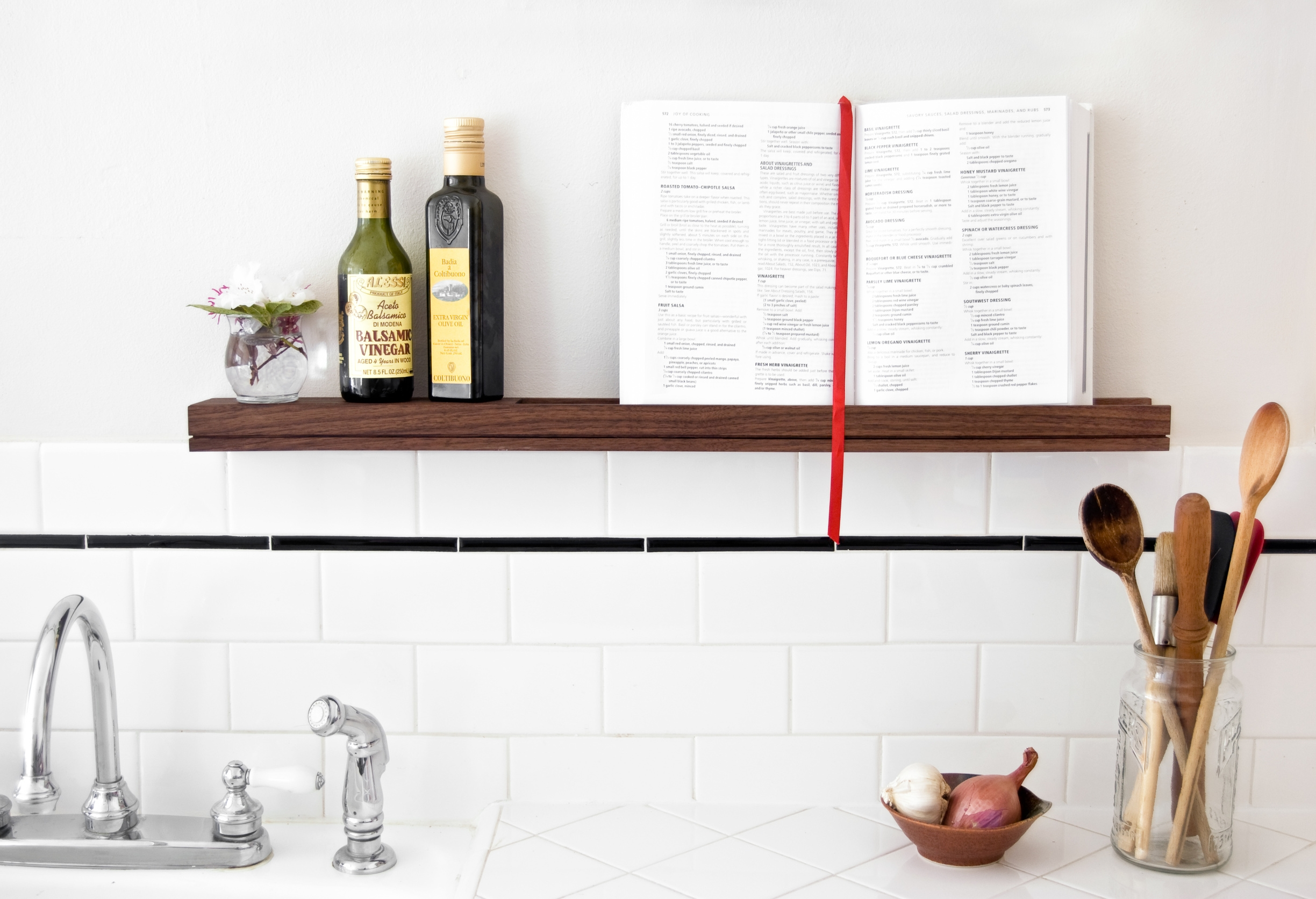 Apartment Kitchen floating shelf - SINGULAR wall console