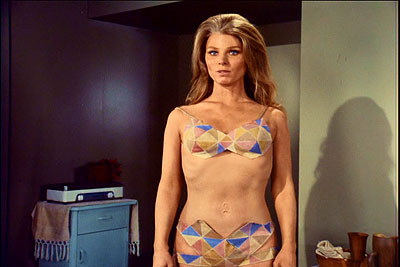 Genesis II - Mariette Hartley sporting a double navel