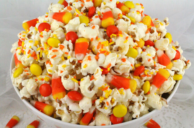 Ok now it's kind of looking like I actually like Candy Corn. I don't, but I do think the image of it evokes classic nostalgic halloween. Also I feel like the sweet and salty here could be so good!!!
